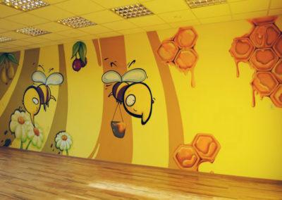 graffiti-przedszkole-pszczolki-krynickai